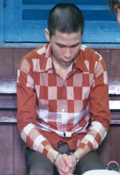 Nam sinh 16 tuổi giết bạn gái, cướp ĐTDĐ rồi dâm ô với xác chết ảnh 1