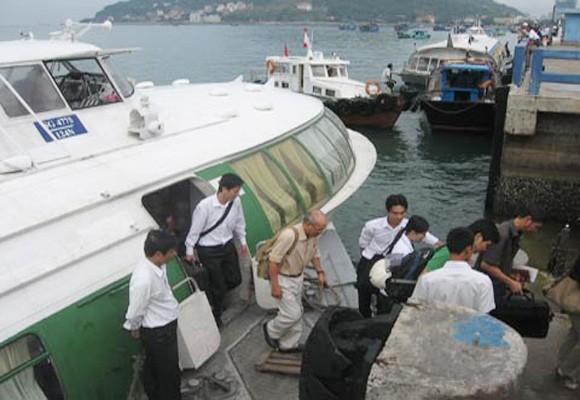 Đình chỉ tàu cánh ngầm xảy ra sự cố, làm cả trăm hành khách hoảng loạn ảnh 1