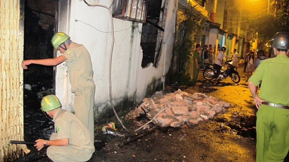 Quán quán bi- da cháy lúc rạng sáng, 2 nhân viên thoát chết ảnh 3