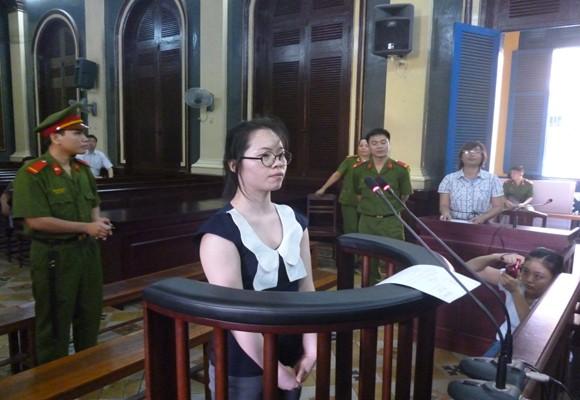 Nữ sinh Trung Quốc mang 2kg ma túy vào Việt Nam lãnh án tù chung thân ảnh 1