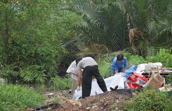 Phát hiện thi thể phụ nữ trôi sông, cổ có vết cắt, nghi bị giết ảnh 1