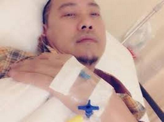 Cùng một chỗ, nhà thiết kế Võ Việt Chung bị cướp 2 lần ảnh 1