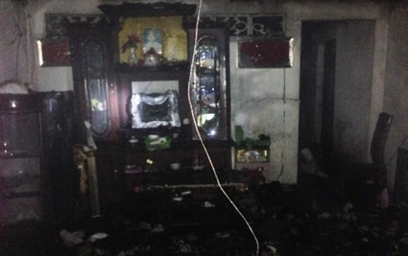 Hỏa hoạn trong đêm, 4 căn nhà bị thiêu rụi ảnh 2