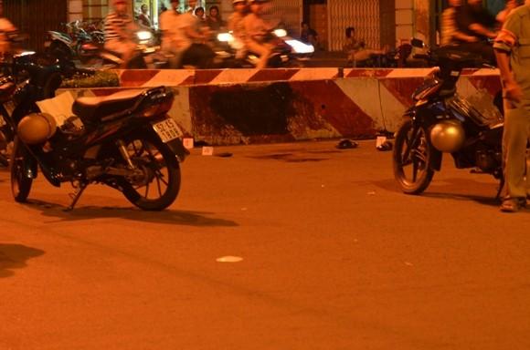 Đứng phát cơm từ thiện giữa phố, người đàn ông bị đâm chết ảnh 2