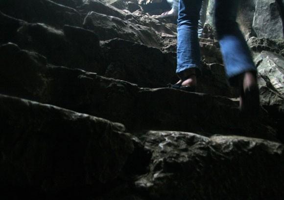 Rợn người xem bể đầu lâu dười chín tầng địa ngục ảnh 2
