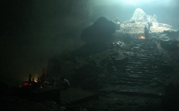 Rợn người xem bể đầu lâu dười chín tầng địa ngục
