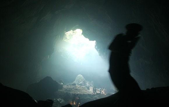 Rợn người xem bể đầu lâu dười chín tầng địa ngục ảnh 3