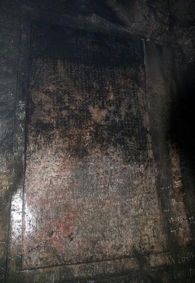 Rợn người xem bể đầu lâu dười chín tầng địa ngục ảnh 5