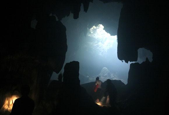 Rợn người xem bể đầu lâu dười chín tầng địa ngục ảnh 9