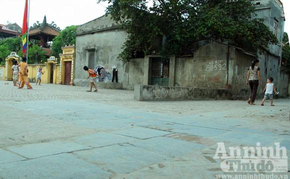 Vào làng Giầu xem con đường độc đáo bậc nhất Việt Nam ảnh 6