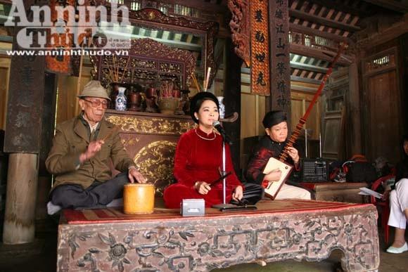 Liên hoan ca trù Hà Nội 2012 ảnh 1