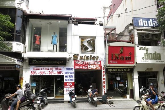 Shop sang trọng đồng loạt đóng cửa vì kinh tế suy thoái ảnh 2