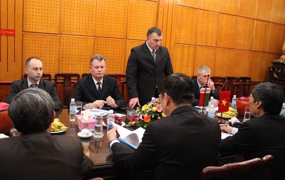 Đoàn Bộ Nội vụ Cộng hòa Balarus thăm và làm việc tại CATP Hà Nội ảnh 4