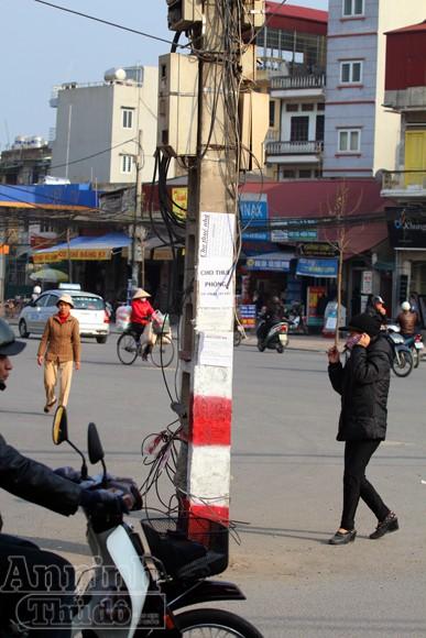 """Nguy hiểm với kiểu """"nghệ thuật sắp đặt"""" giữa đường phố Hà thành ảnh 7"""