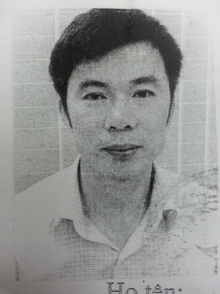 Lộ mặt 2 kẻ lừa đảo từ vụ bắt giam 2 đối tượng làm đồ quân trang giả ảnh 2