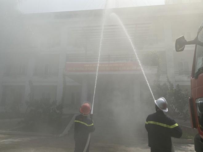 Kiểm tra công tác phòng cháy tại văn phòng, kho xưởng ở quận Nam Từ Liêm qua diễn tập phương án ảnh 2