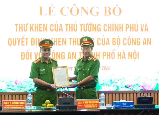 Thủ tướng Chính phủ và Bộ Công an khen thưởng chiến công xuất sắc của Công an Hà Nội ảnh 1