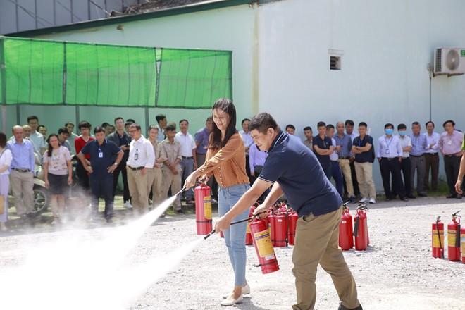 Tập huấn nghiệp vụ phòng cháy tại toà nhà VNPT-net ảnh 2