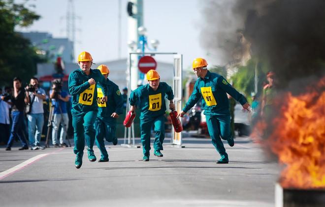 240 vận động viên tham gia tranh tài chữa cháy, cứu nạn, cứu hộ ảnh 10