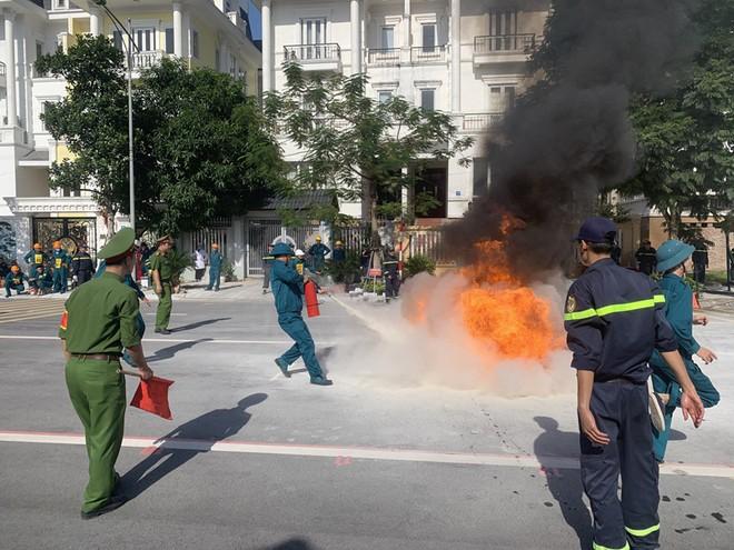 240 vận động viên tham gia tranh tài chữa cháy, cứu nạn, cứu hộ ảnh 3