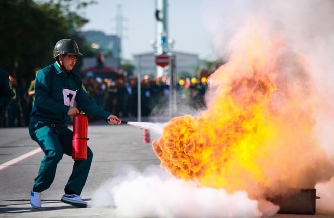 240 vận động viên tham gia tranh tài chữa cháy, cứu nạn, cứu hộ ảnh 8
