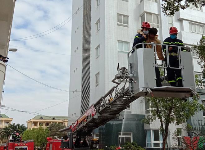 Kiểm tra công tác ứng trực phòng cháy, cứu nạn, cứu hộ ảnh 4