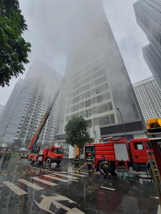 Diễn tập cứu nạn, chữa cháy tại Khu căn hộ Vinhomes Times City Park Hill - Park Hill Premium ảnh 2