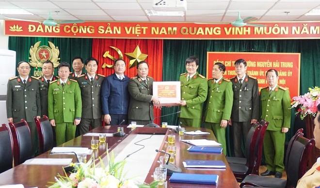 Giám đốc CATP Hà Nội thăm, tặng quà Tết gia đình chính sách, hộ nghèo huyện Mỹ Đức ảnh 4
