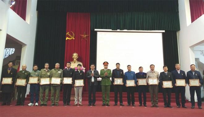 Huyện Thanh Trì ký giao ước thi đua đảm bảo an ninh trật tự ảnh 1