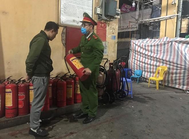 Tuyên truyền, hướng dẫn an toàn phòng cháy tại các cơ sở trong dịp Tết Nguyên đán ảnh 1
