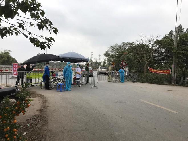 Huyện Mê Linh chủ động lập các chốt kiểm soát, phòng chống dịch Covid-19 ảnh 1