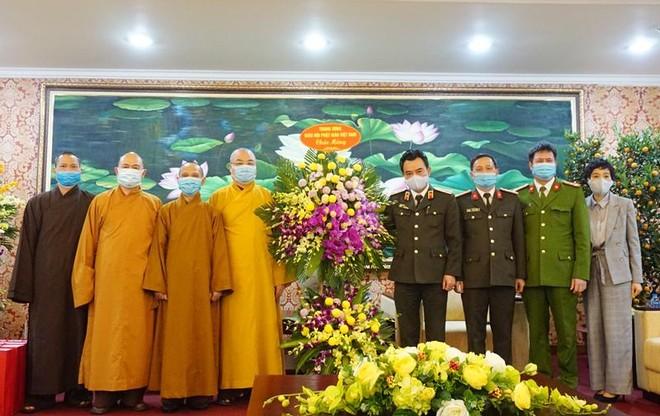 Trung ương Giáo hội Phật giáo Việt Nam chúc mừng Công an Hà Nội ảnh 1