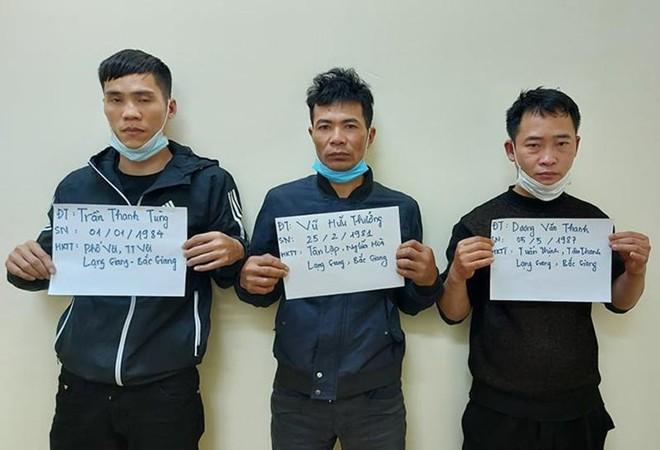 Bắt nhóm đối tượng buôn súng từ nước ngoài về Bắc Giang tiêu thụ ảnh 2