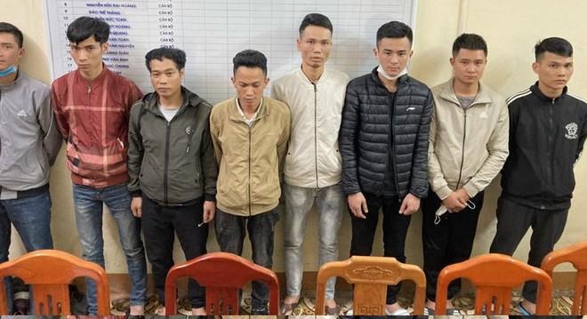 Trộm cắp tài sản tại nơi làm việc, nhóm đối tượng bị bắt tạm giam ảnh 1