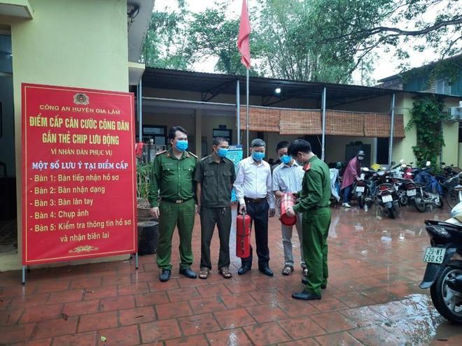 Lực lượng phòng cháy sẵn sàng phương án đảm bảo an toàn cấp căn cước công dân ảnh 2