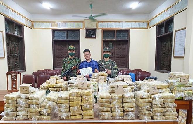 Bắt đối tượng vận chuyển hơn 2 tạ ma túy từ nước ngoài vào Việt Nam ảnh 1