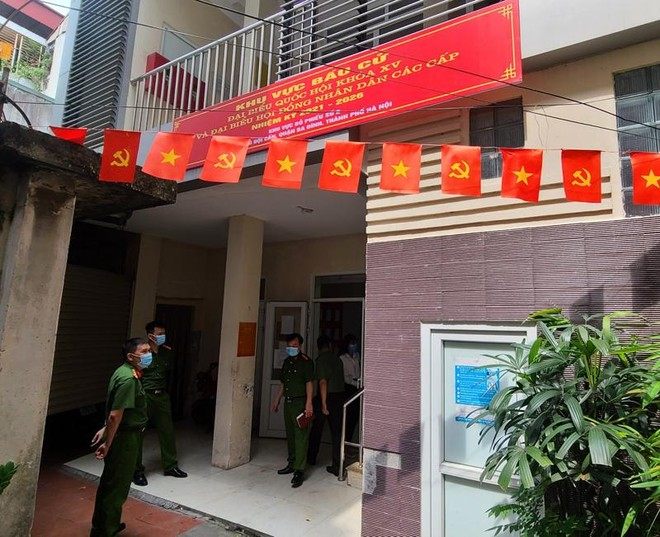 Hoàn tất công tác phòng cháy điểm bầu cử quan trọng tại quận Ba Đình ảnh 3