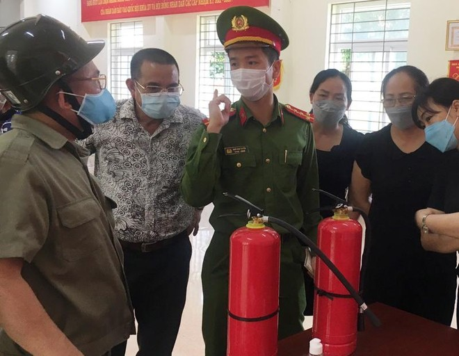 Bám sát từng điểm bầu cử, tăng cường các biện pháp phòng ngừa cháy, nổ ảnh 2