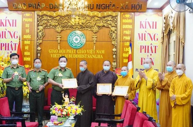 Giám đốc CATP Hà Nội chúc mừng Lễ Phật đản 2021 ảnh 2