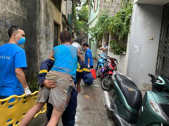Hà Nội: Hy hữu cứu cháu bé bị mắc kẹt 2 ngày trong khe bê tông ảnh 2