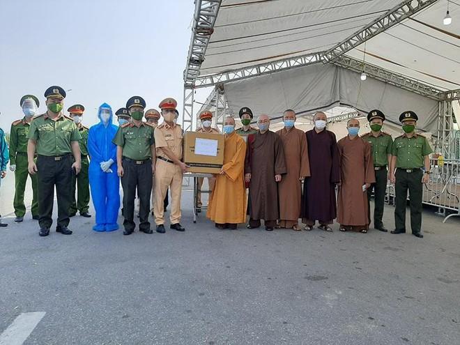 Tấm lòng của Ban Trị sự Giáo hội Phật giáo Việt Nam thành phố Hà Nội trong mùa dịch Covid-19 ảnh 1