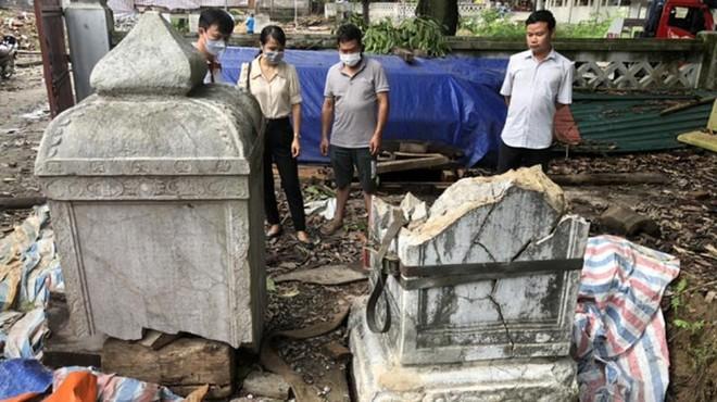 Công ty Kiến trúc Việt làm vỡ bia đá cổ trên 300 năm tuổi tại di tích chùa Thổ Hà ảnh 1