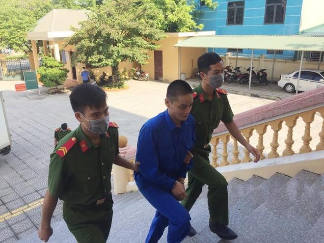Đối tượng giết người bị xử phạt 8 năm tù giam ảnh 1