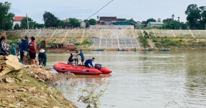 Tìm thấy thi thể người phụ nữ gieo mình xuống sông Lam tự tử ảnh 1