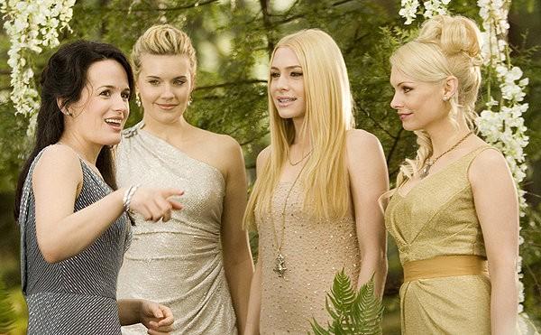 Ma cà rồng Edward kết hôn với Bella ảnh 2