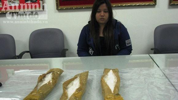 Bắt nữ sinh mang hơn 3kg ma túy nhập cảnh vào Việt Nam ảnh 1
