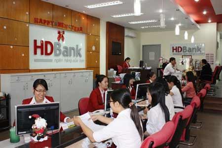 Vi phạm trần lãi suất, HDBank bị phạt nặng ảnh 1