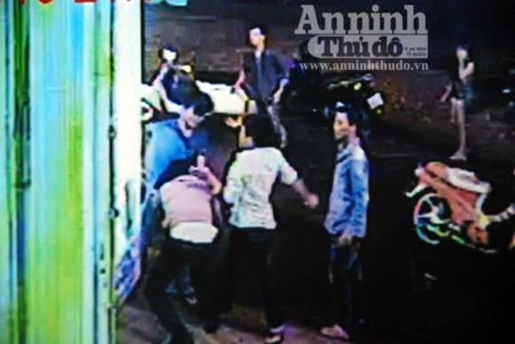 Triệt phá băng chém người trong làng Karaoke ảnh 1