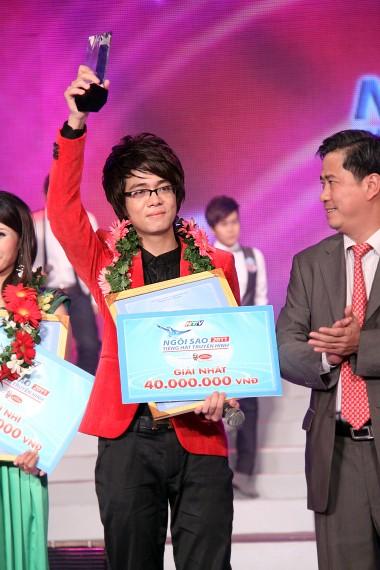 Bùi Anh Tuấn - Ngôi sao tiếng hát truyền hình 2011 ảnh 2