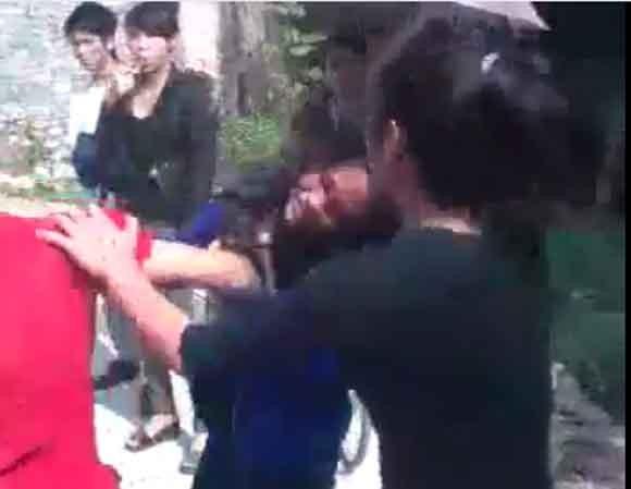 Phẫn nộ xem nữ sinh Thái Nguyên bị bạn đánh bất tỉnh ảnh 4